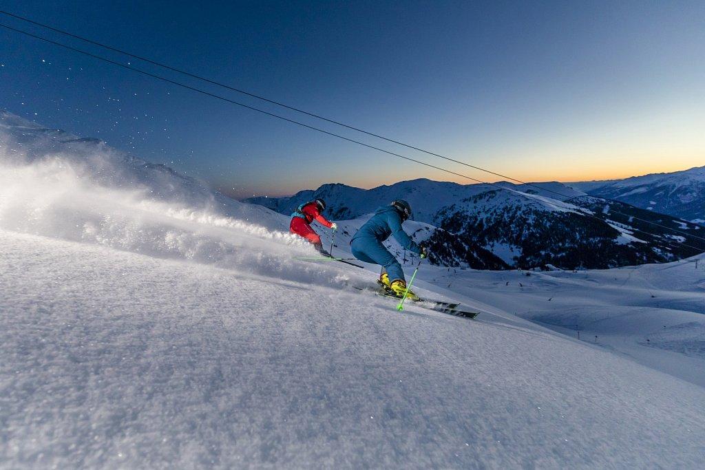 Zillertal-Arena-Sonnenaufgang-Skifahren-2019-HR-2.jpg